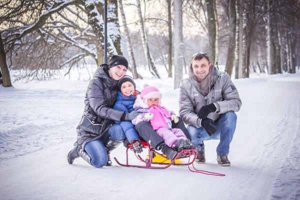 Лучший отдых - прогулка семьей на свежем воздухе!