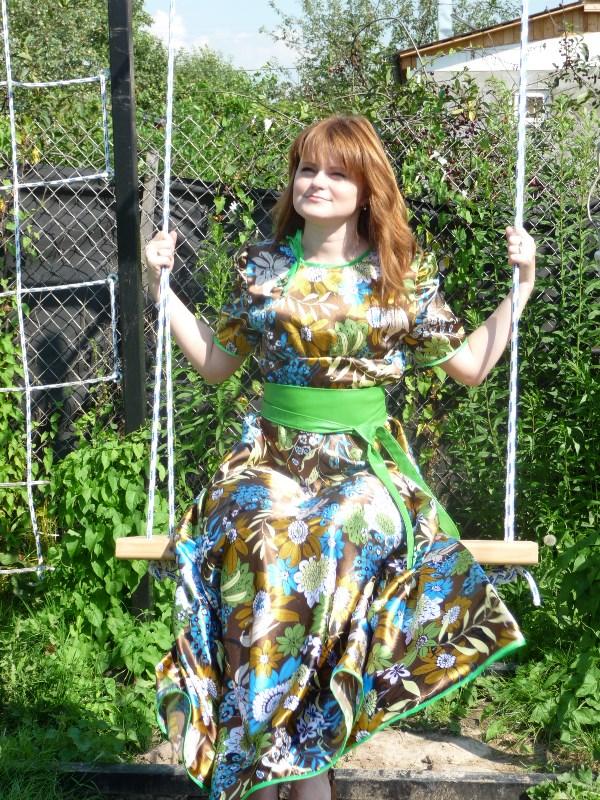 У меня так много фото в платьях, что выбрать любимое - это целая проблема!