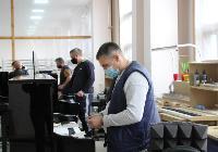 Депутаты Тульской облдумы посетили производство музыкальных инструментов, Фото: 3