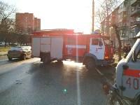 На улице Металлургов Renault Megane после ДТП вылетел на тротуар, Фото: 4