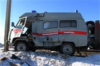 """На трассе М2 автомобиль """"скорой"""" столкнулся с автовозом., Фото: 7"""