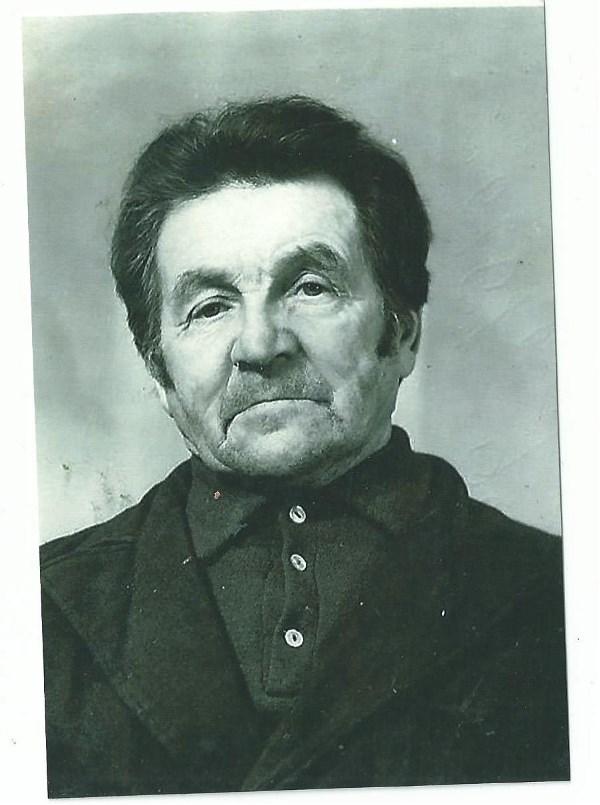 Соломин Гаврил Иванович.Прошёл без ранения 3 войны-финскую,японскую и Великую отечественную.