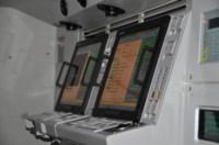 Пульт оператора вооружений комплекса. Все экраны сенсорные, Фото: 10