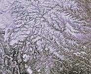 Сибирь зимой. Река Енисей (слева внизу), Фото: 11