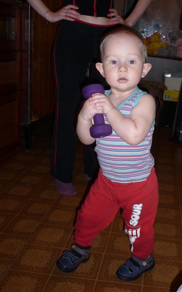 Вот как у нас растёт настоящий мужчина! (на фото Ванюшке 1 год и 9 месяцев)