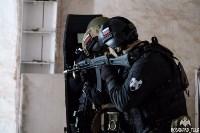 Учения: В Тульской области СОБР и ОМОН обезвредили вооруженных преступников, Фото: 5