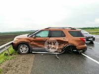 В ДТП на трассе М-2 в Туле у внедорожника оторвало колесо, Фото: 7