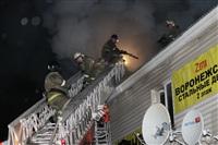 На ул. Оборонной в Туле сгорел магазин., Фото: 19