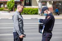 Полицейский рейд в тульских маршрутках: на пассажиров без масок составляют протоколы, Фото: 24