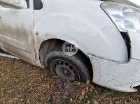 В Туле Mazda-3 сбила рябину и влетела в припаркованный Peugeot , Фото: 10