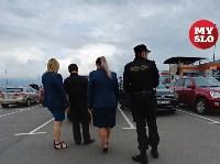 В Туле приставы и налоговики начали искать должников на парковках супермаркетов, Фото: 16