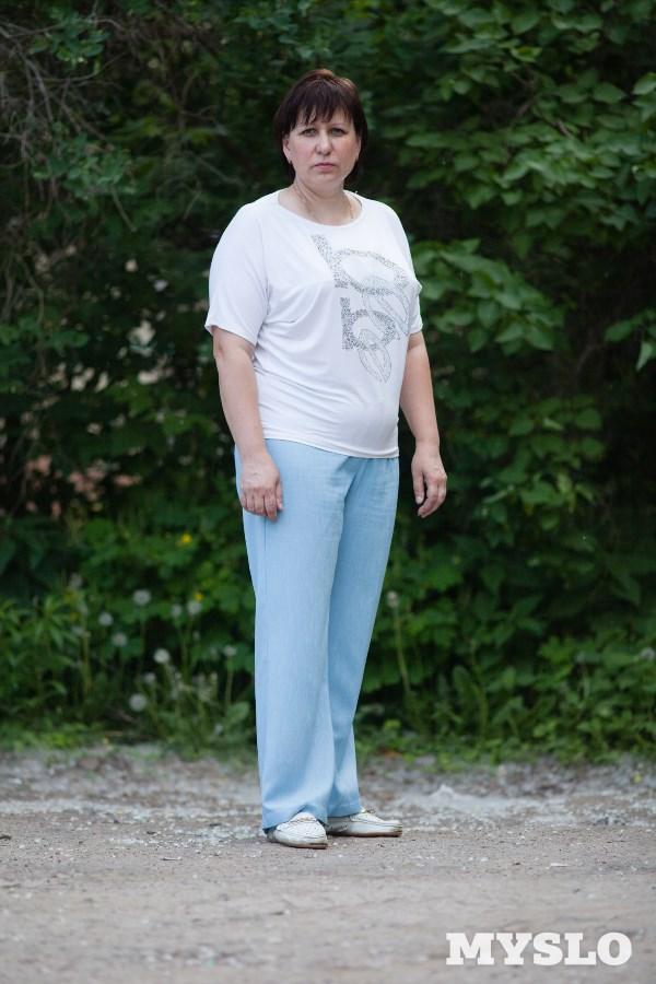 Лидия Леденёва, 42 года. Рост 168 см, вес 85 кг: «У меня маленький ребёнок, и я очень хочу похудеть! Пробовала сбросить вес сама миллион раз, но у меня не получается. Мне очень нужна помощь специалиста. Дочка иногда смотрит фотографии, на которых я молодая, и задаёт вопрос: почему я стала такой толстой? Мне хочется, чтобы моя дочка восхищалась своей мамочкой. Пожалуйста, помогите!»