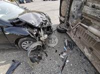 В Туле на ул. Оборонной Renault Logan после ДТП опрокинулся набок, Фото: 12