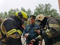 Учения МЧС: В Тульской областной больнице из-за пожара эвакуировали больных и персонал, Фото: 34