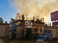 На ул. Баженова в Туле крупный пожар уничтожил жилой дом, Фото: 10