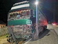 На выезде из Тулы BMW влетел в фуру: один человек погиб, Фото: 13