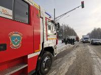 В Туле водитель бетономешалки и военные потушили горящую на трассе ГАЗель, Фото: 9