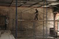Владимир Груздев проинспектировал ремонт бассейна на улице Гоголевской. 8 июля 2015, Фото: 11
