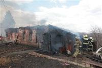 На Калужском шоссе загорелся жилой дом, Фото: 25