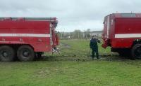 Скорая и пожарные застряли в грязи, Фото: 3