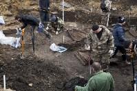 На Крестовоздвиженской площади Тулы обнаружено кладбище 18 века, Фото: 4