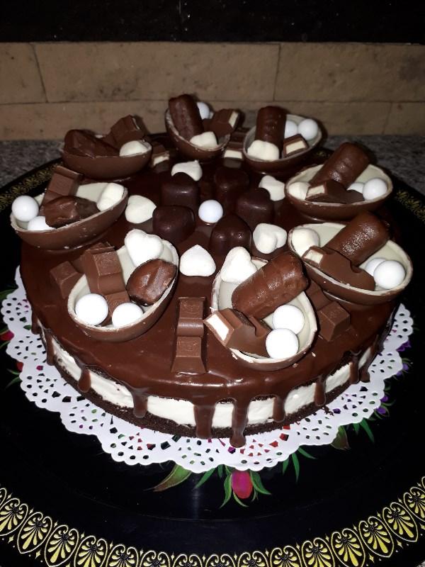 Дьявольский шоколадный торт с кремом чиз.