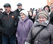 Кимовские новоселы получили ключи из рук губернатора Владимира Груздева, Фото: 3