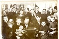 фото послевоенного времени - в 7 бараке (Концовы,Курковы,Бурцевы, Лошаковы, Дорофеевы), Фото: 4