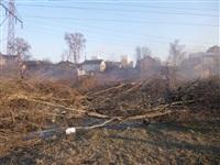Возгорание сухой травы на ул.Комбайновая, Фото: 1