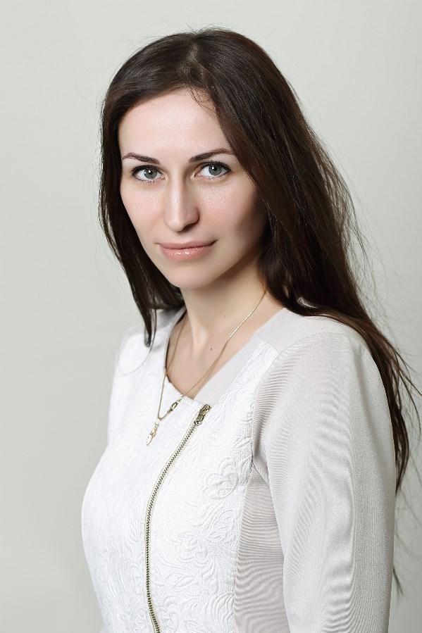 Елена Кучерявая