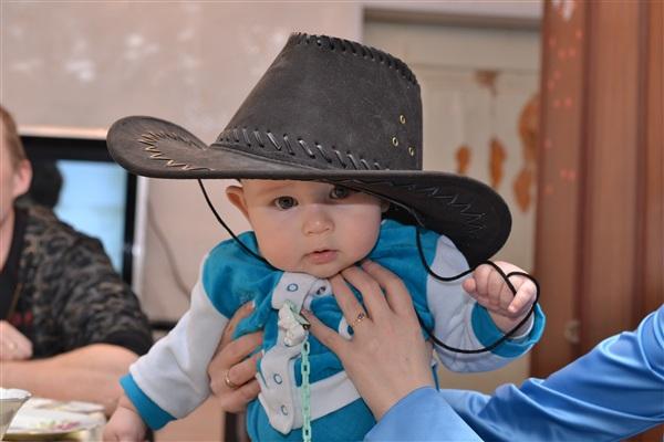 Наш ковбой) (Ване 5,5 месяцев)