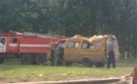 На М2 перевернулась пассажирская маршрутка, Фото: 3