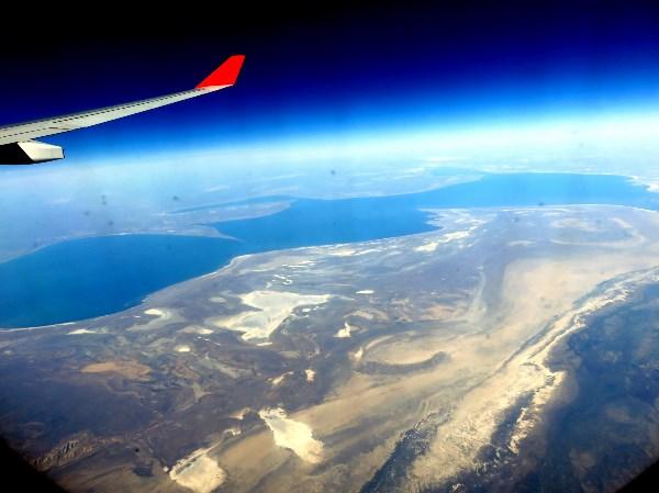 Аральское море с борта Боинга. Май, 2018 г.