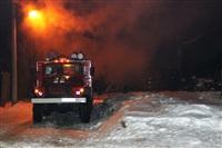 В Туле пожарные потушили сарай рядом с жилым домом, Фото: 7