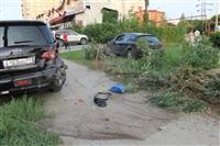 """В Туле """"Opel"""" перелетел бордюр и протаранил припаркованный """"Infiniti"""", Фото: 2"""