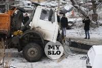 Стрела автокрана раздавила водителя, Фото: 5