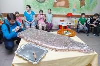 Пациенты Детской областной больницы получили в подарок «пряничного война», Фото: 2