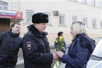 Полицейские поздравили автоледи с 8 Марта, Фото: 7