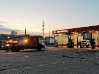 В Туле перевернувшаяся легковушка приземлилась у автомойки, Фото: 5