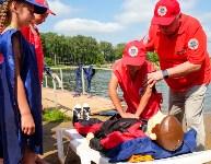 МЧС обучает детей спасать людей на воде, Фото: 31