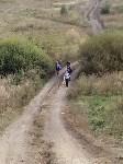 Дети ходят в школу пешком через поле, Фото: 2