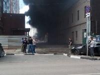 Загорелся недостроенный ТЦ на Красноармейском проспекте, Фото: 24