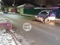 На ул. Вильямса в Туле у Volkswagen Touareg оторвало колесо, Фото: 3