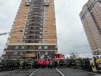Тульские пожарные провели соревнования по бегу на 22-этаж, Фото: 26