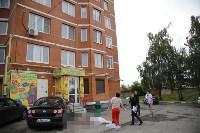 Женщина выпала из окна 11-го этажа на ул. Макаренко в Туле, Фото: 4