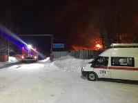 Крупный пожар в Ленинском: загорелся склад на заводе битумных изделий, Фото: 6