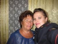 Кун Ольга Николаевна майор полиции, инспектор по исполнению административного законодательства УГИБДД с мамой. Тульская область, Фото: 2