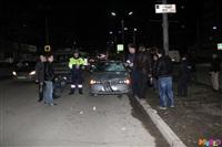 Друзья сбитого пешехода устроили самосуд над водителем, Фото: 4