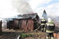 На Калужском шоссе загорелся жилой дом, Фото: 11