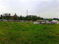 Все полъезды к Крапивне забиты припаркованными машинами., Фото: 1
